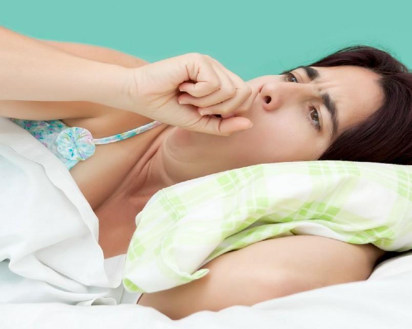 Основными причинами, вызывающими мокрый кашель, является наличие инфекций типа ОРЗ, ОРВИ. Мокрый кашель может быть одним из симптомов бронхита.
