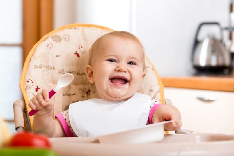 Первые блюда ребенка должны состоять из овощей (овощных пюре), молочных детских продуктов и каш.
