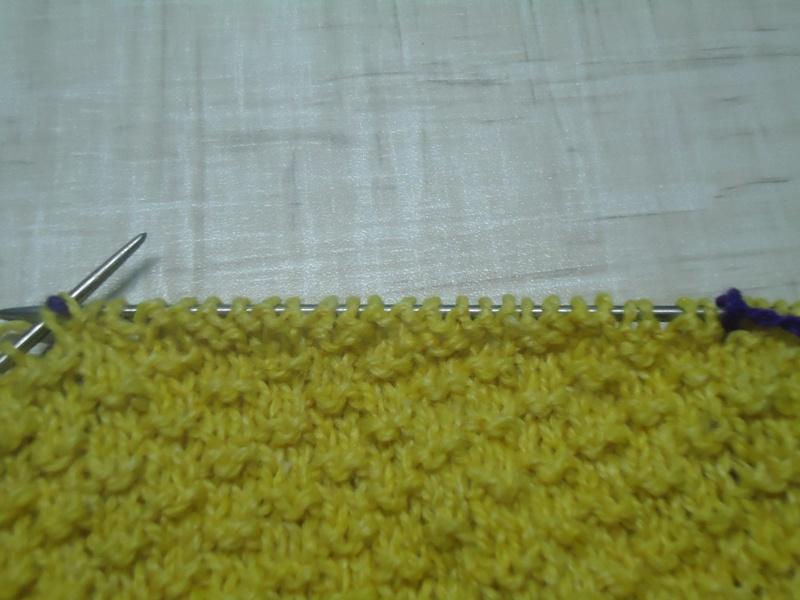 Рисунок 3. Вид полотна в процессе вязания.