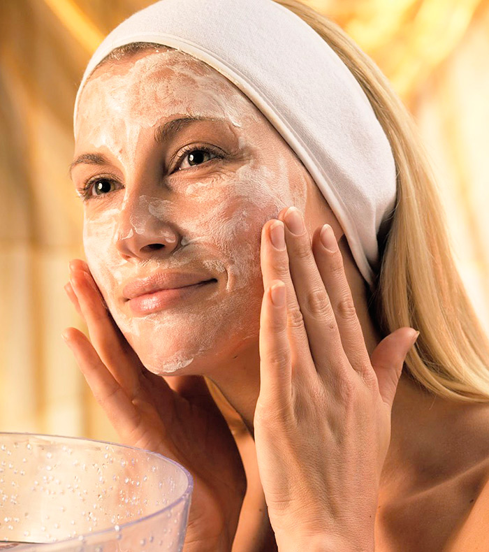 Яичный белок — это основа здоровой и красивой кожи лица, которая требует постоянного ухода.