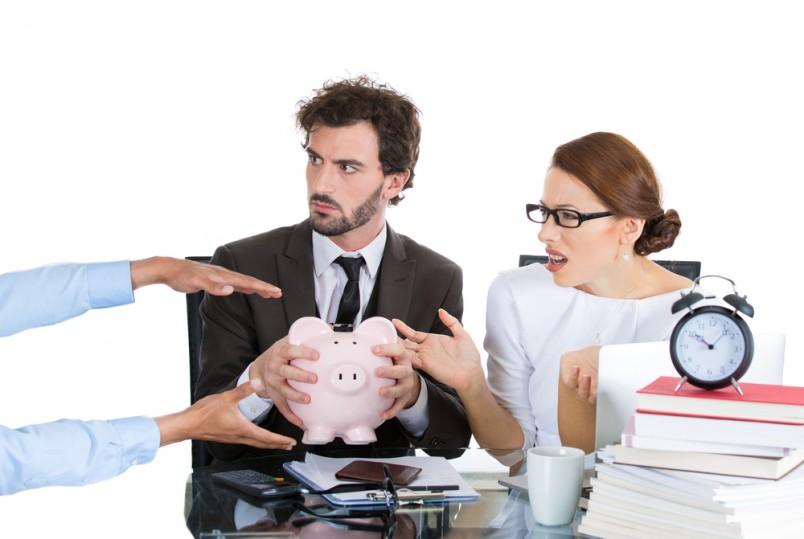 Согласно нововведенному законопроекту, который был одобрен Правительством, с 1 числа 2016 года начальная сумма налогового вычета увеличивается на семьдесят рублей.
