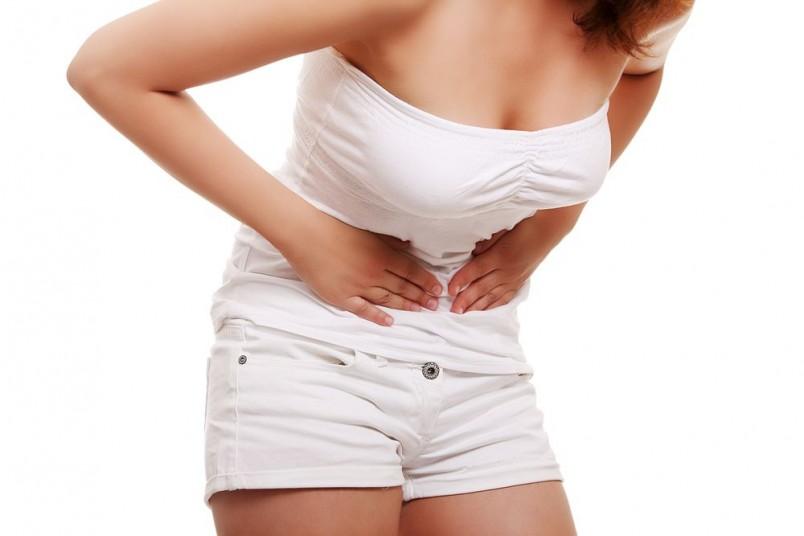У мамочек, практикующих смешанное вскармливание, то есть, сохраняя грудное вскармливание, докармливают смесью, менструальный цикл возобновляется не менее чем через 3 месяца после появления на свет ребенка.