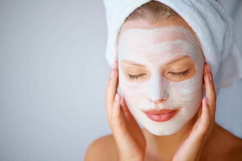 Химический пилинг хлористым кальцием - абсолютный фаворит и чемпион в экстремальной домашней косметологии.