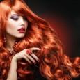 На смену агрессивным перманентным средствам пришли щадящие безаммиачные краски для волос, которые мягко окрашивают шевелюру без вредного воздействия.