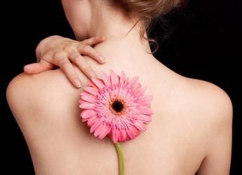 К сожалению, большинство современных людей, не догадываются о том, что для гармоничного, здорового и красивого тела нужен, прежде всего, прямой позвоночник.
