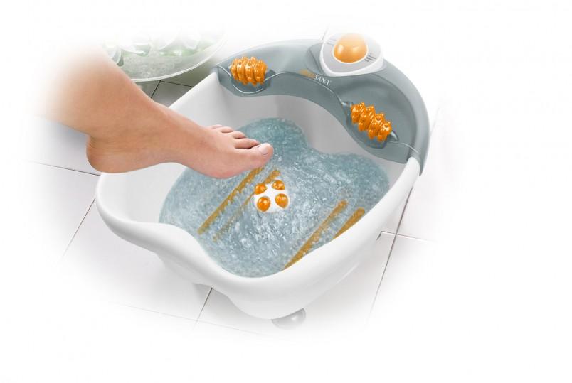 Не принимайте слишком горячие ванночки, если вы страдаете сосудистыми заболеваниями, варикозным расширением вен, гипертонией, сердечными заболеваниями.