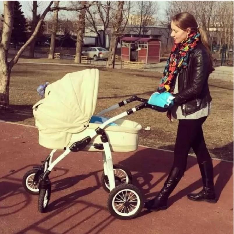 Ежедневные прогулки с малышом будут полезны и для вас.
