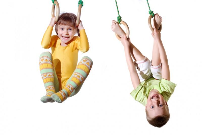Выбирая спортивные игры для ребенка с СДВГ, старайтесь избегать соревновательных элементов.