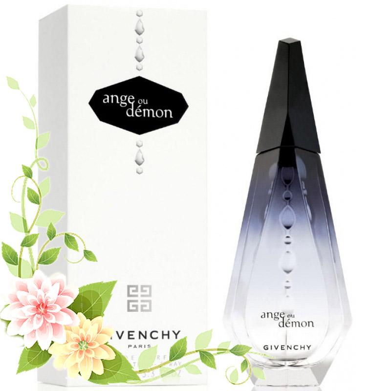 По-французски изысканный и неповторимый, этот парфюм поражает своим роскошным шлейфом, в котором соединились ноты клюквы, зелёного чая, цитруса, жасмина, белого пиона, водной лилии, мускуса и пачули.