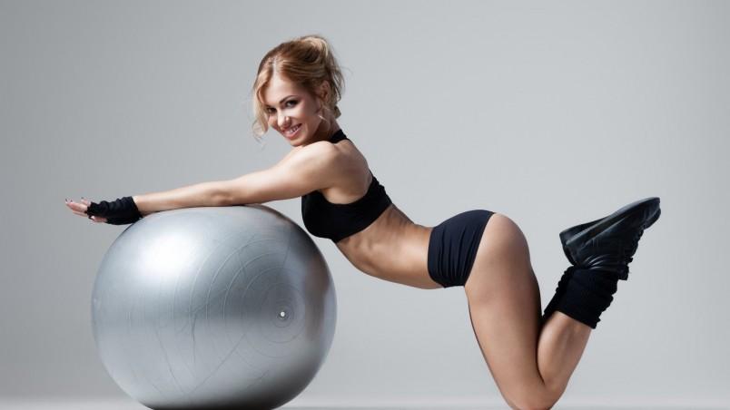 При выполнении всех упражнений используется брюшной тип дыхания.