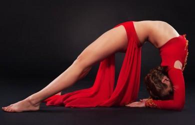Для того, чтобы упражнения для растяжки позвоночника дали положительный результат и избавили вас от неприятных ощущений в области спины, необходимо придерживать основных правил.