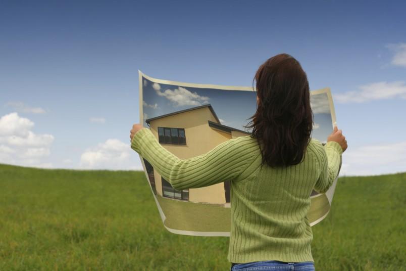 Поскольку предоставление бесплатного земельного участка – это социальная программа, направленная на решение жилищного вопроса, то и цели использования участка соответствующие.