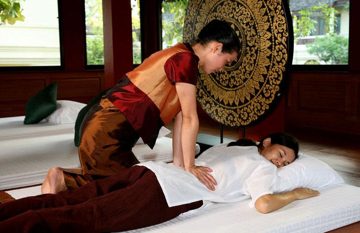 Наполовину впечатления от тайского массажа зависит от внутреннего убранства помещения.