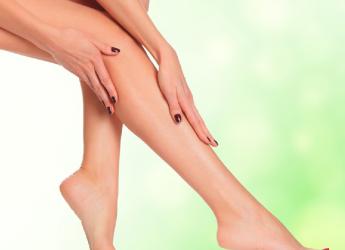 Ночные судороги в ногах связывают с мышечной усталостью и нервными проблемами.