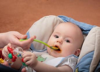 Пища для грудного ребенка должна быть только свежеприготовленной.