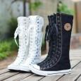 Способов шнуровки обуви имеется великое множество, при этом кроссы приобретают совершенно новый вид и выглядят модно, стильно и красиво.