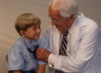 Группы здоровья - эта определенная шкала, которая учитывает здоровье и развитие ребенка, так же сюда входят все факторы риска, которые на него влияли или влияют, и делается прогноз на будущее.