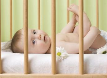 Родителям важно знать, что матрас для ребенка, который только появился на свет, и изделие, предназначенное для малыш постарше, существенно отличаются.